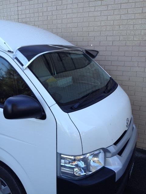 Mesh Windscreen Sunvisor Toyota Hiace Van Slwb 2005on